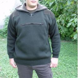 Zateplený poľovnícky pulover